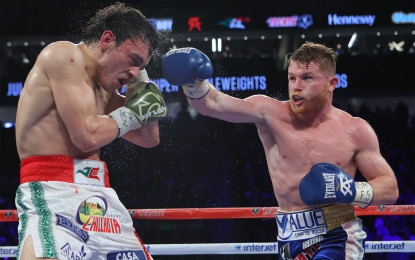 Canelo salio a Boxear Chavez JR solo a aguantar