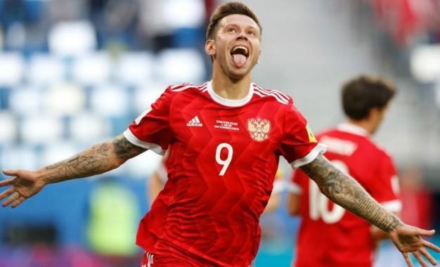 Rusia abre el torneo con el pie derecho