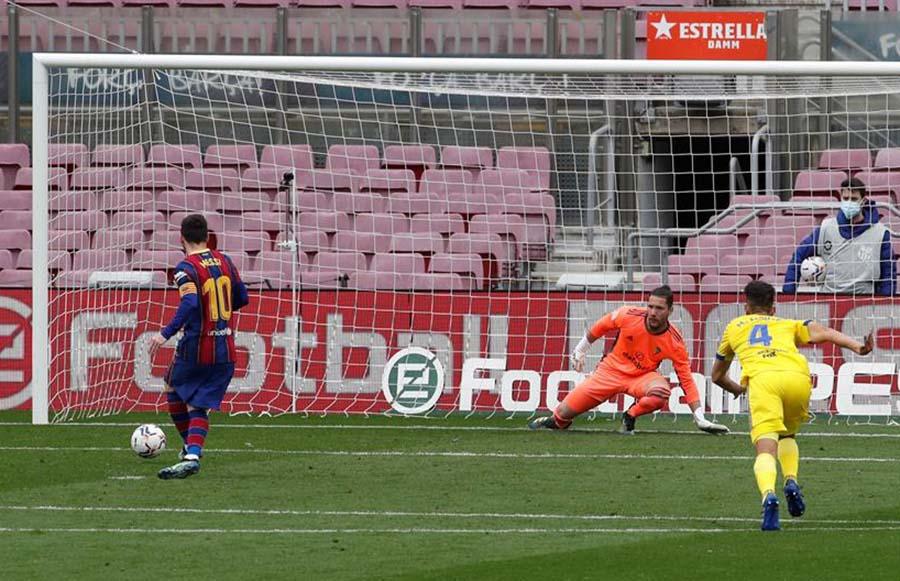 Barcelona tocó fondo ante el Cadiz