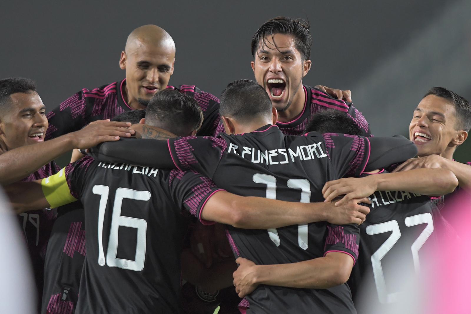 México se complica pero derrota a El Salvador!!!