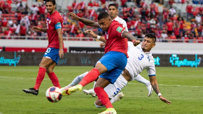 Costa Rica revive y derrota a El Salvador!!!